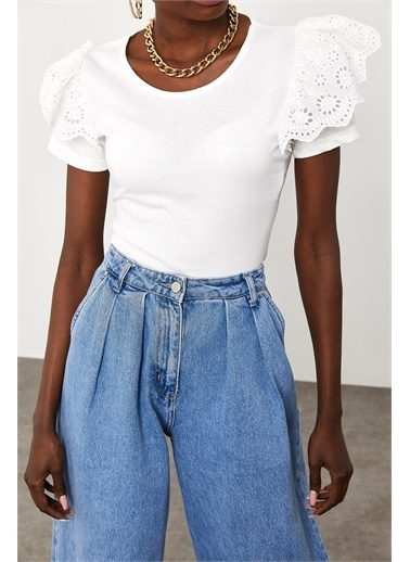 XHAN Kolları Güpürlü T-Shirt 1Kxk1-44853-01 Beyaz